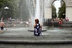 washington square park fountain, flowers